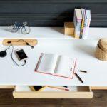 nowoczesne biurko do nauki